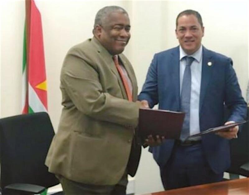 Minister Hoefdraad zelf verdachte im zaak Van Trikt
