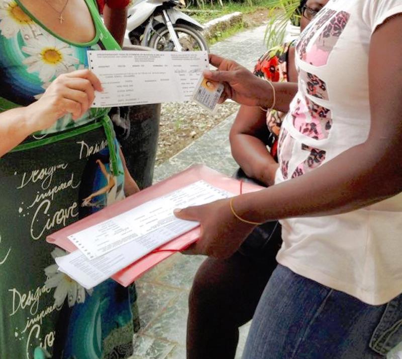 Niet met potlood tekenen voor ontvangst stemkaart